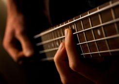 Bass_guitar_(477085398)
