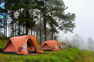 Camping_Tent_at_Doi_Angkhang_Mountain,_Chiangmai,_Thailand